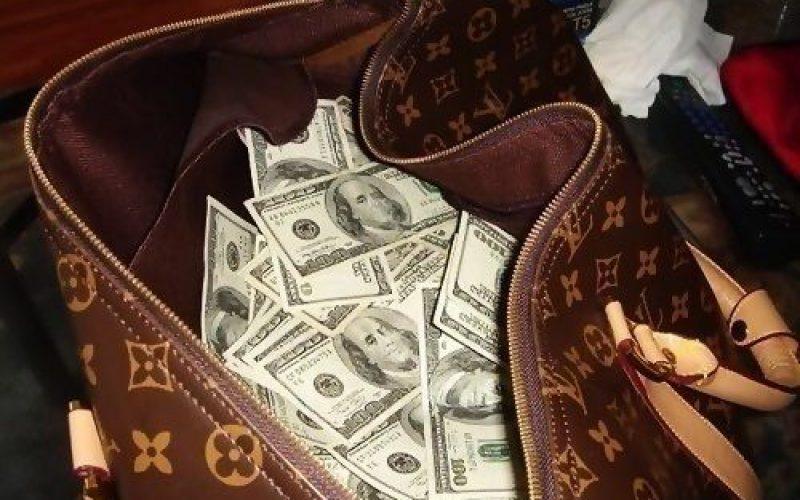 Jermaine Jackson claims suitcase of valuables stolen
