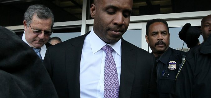 Bonds wants federal judge to overturn obstruction verdict