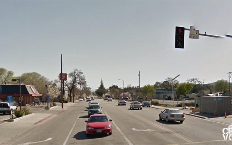 Man stabbed on Spring Street