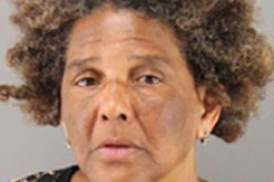 Woman Arrested for Threatening Death with Knives