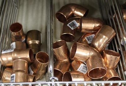 Hacker is accused of stuffing her purse with copper fittings