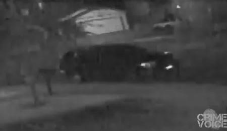 The suspects appear to arrive in a dark SUV.