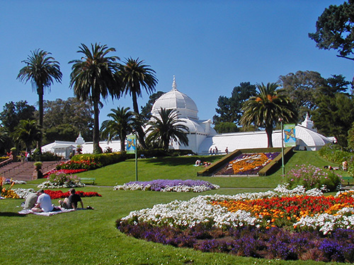 Golden Gate Park Conservatory of Flowers (Wikipedia Commons - WolfSF)