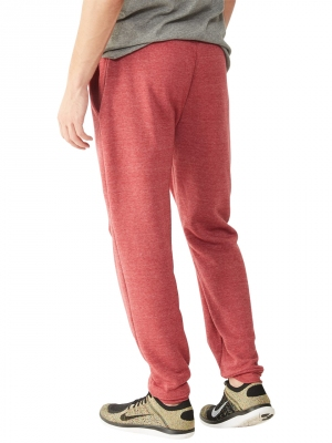 Perhaps thinking no-one would suspect the guy in pink sweatpants, he changed into a pair while being pursued.