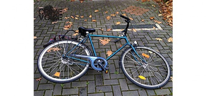 Thief Drags Bike and Its Owner Away