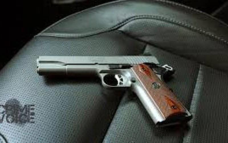 Guns in Car Leads to Arrest
