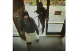 Petaluma PD Seeks Information on Verizon Store Robbery