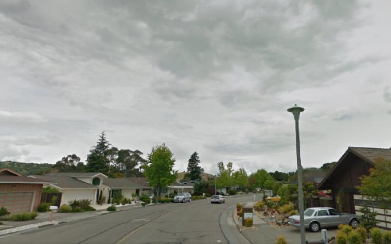 Peacock Gap Burglary Suspects Tracked on iPad to Corte Madera Parking Lot