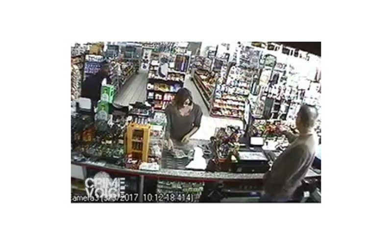 Man Attempts to Snatch Cash off of Store Counter