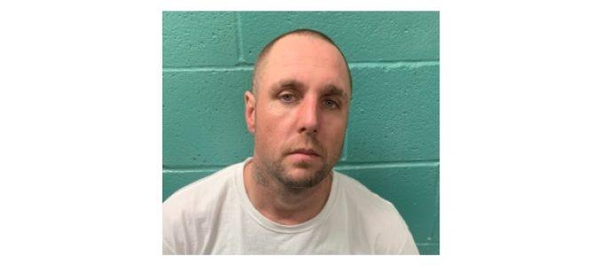 Parolee allegedly caught with stolen gun in Redding