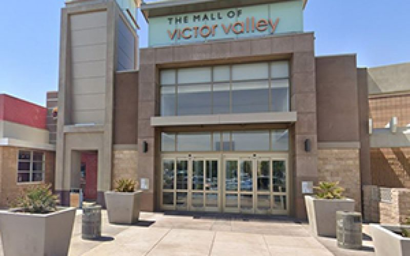 A Trio of Juvenile Strong-Arm Robbers Attack at the Mall