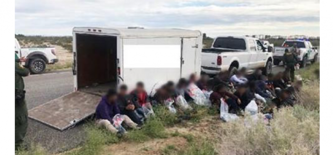 Agents arrest man accused of smuggling 42 people over El Centro border