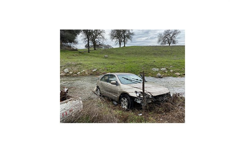 DUI driver crashes, flees, crashes again in the end