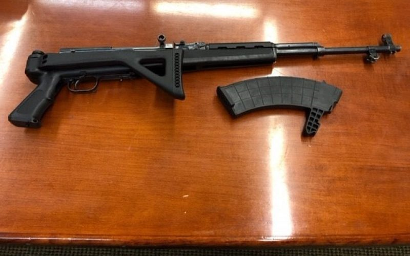 Kern County deputies cap off April with two illegal weapons arrests