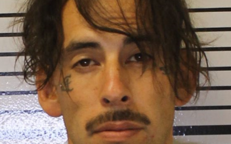 Man Wielding Machete Arrested in Porterville Hotel