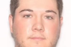 Professional golfer arrested for attempting to meet with a minor, Orlando police say