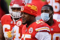 Chiefs' Frank Clark arrested for allegedly possessing Uzi in car
