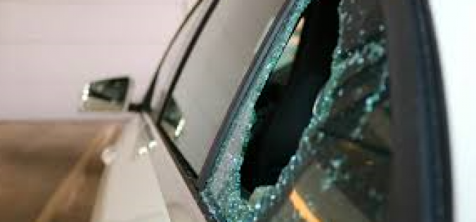 Driver chases vandalism suspect who broke his car window